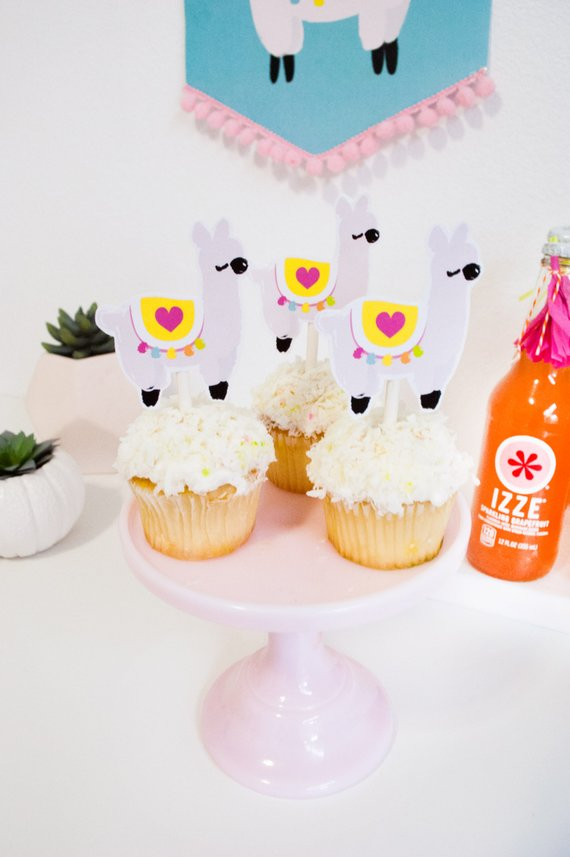 llama love party